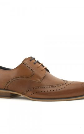 Tan leather shoe with brogue pattern